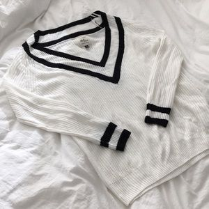 4/$40 Cotton on sweater small